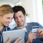 Wie man sicher mit Geld- und Kreditkarten im Ausland umgeht
