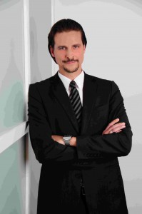 Massimo de La Riva, Fachanwalt für Arbeitsrecht bei SNP